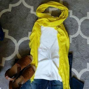 NWOT Banana Republic Bright Yellow Scarf